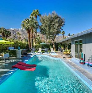 Meet Me In Palm Springs! photos Exterior