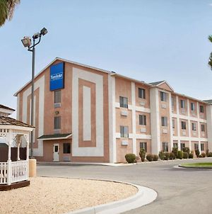 Travelodge By Wyndham Yermo photos Exterior