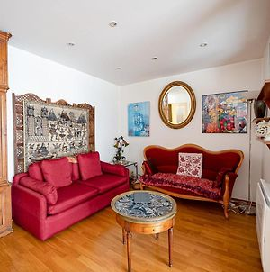 Charming Apartment Close To The Buttes Chaumont photos Exterior
