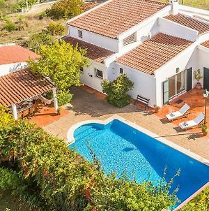 Villa Cedro Ouro - Traditional Portuguese 4 Bedroom Villa In Quiet Area - Private Heated Swimming Po photos Exterior