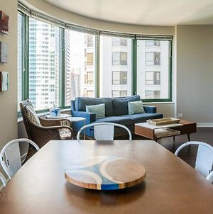 2Br Navy Pier Loft With Pool, Gym & Views By Envitae photos Exterior