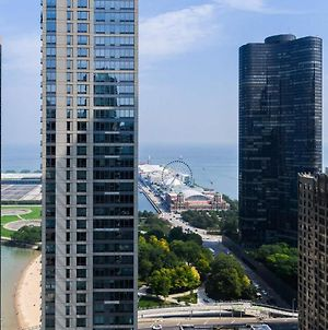 3B/3B Skyloft With Navy Pier View Gym & Pool By Envitae photos Exterior