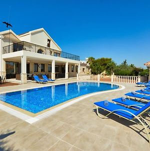 Villa Asklipi Titan - Exquisite Luxury 5 Bedroom Villa With Private Pool - Pool Table photos Exterior