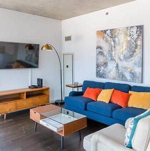 2Br Modern Glass Loft W/ In&Out Parking, Pool, Gym And Balcony By Envitae photos Exterior