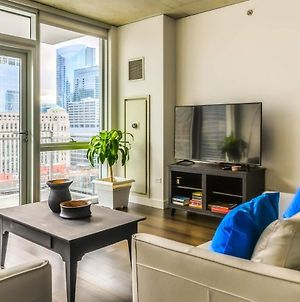 2Br/2Ba Brand New Executive Luxury Suite W/ Rooftop Pool, Gym And Balcony By Envitae photos Exterior