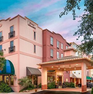 Hampton Inn & Suites Amelia Island-Historic Harbor Front photos Exterior
