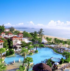 Centara Grand Beach Resort Phuket photos Exterior