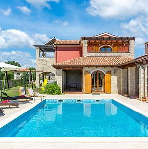 Beautiful Villa Situated On The Istrian East Coast, Close To The Beach photos Exterior