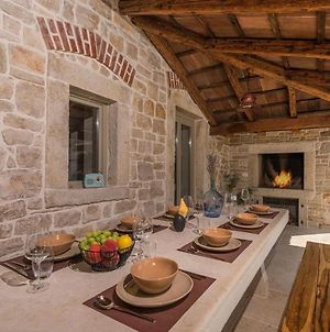 Renovated Stone Villa In Istrian Style With Private Pool And Whirlpool photos Exterior