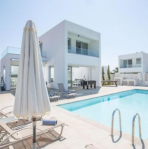Villa Ochosto Selene - Stunning 5 Bedroom Protaras Villa With Private Pool - Close To The Beach photos Exterior