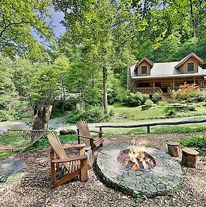 Secluded Creekside Cabin - Modern 150-Acre Estate Cabin photos Exterior