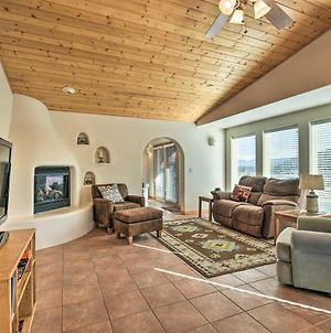 1-Story Condo With Fireplace, 2 Mi To Angel Fire photos Exterior