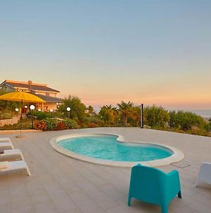 Villa With 2 Bedrooms In Favara With Wonderful Sea View Private Pool Enclosed Garden 10 Km From The Beach photos Exterior