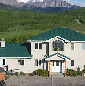 Waterton Country Villas- A & C Units! Sleeps 26 photos Exterior