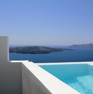 W Villa Fira Grand - Fira - Stunning 1 Bedroom Villa With Private Pool And Hot Tub photos Exterior