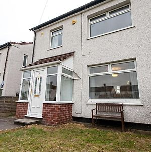 Charming Holiday Home In Wythenshawe Near Wythenshawe Park photos Exterior