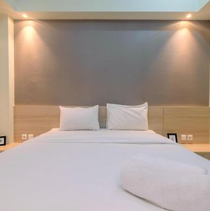 New Furnished With Cozy Stay @ Studio Mustika Golf Residence Apartment By Travelio photos Exterior