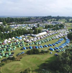 Silverstone Glamping And Pre Pitched Camping With Intentsgp photos Exterior