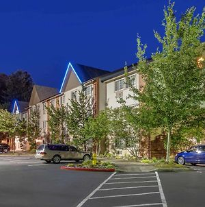 Comfort Inn & Suites Tualatin - Lake Oswego South photos Exterior
