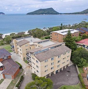 12 'The Helm', 22 Voyager Close - Unit In Little Beach With Direct Access To Shoal Bay Beach! photos Exterior