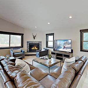 Luxe New-Build Home - Tahoe Donner Amenities Home photos Exterior