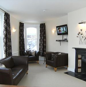 Cotswolds Valleys Accommodation - Bell Apartments - Exclusive Use Large Two Bedroom Family Holiday Apartment photos Exterior