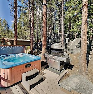 Immaculate Forest Home With Hot Tub - No Pets Home photos Exterior