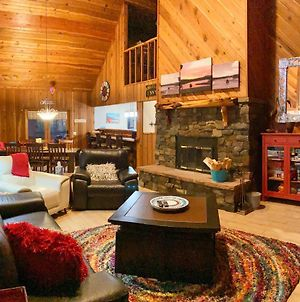 'Angels Envy' About Cabin With Deck 4 Miles To Ski Lift! photos Exterior