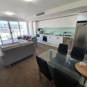Bolton St 1Br 350M Walk To Newcastle Beach +++ Wifi End Eand photos Exterior