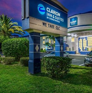 Clarion Inn & Suites Clearwater photos Exterior
