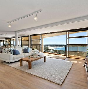 The Penthouse @ Point Cartwright - Instant Hotel Winner 2019 photos Exterior