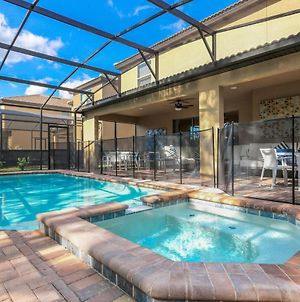 Professionally Furnished Home With Free Wifi And Private Pool & Spa - 8892 photos Exterior