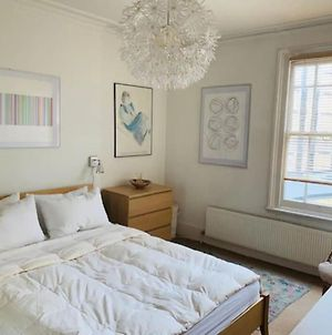 Light And Airy 1 Bedroom Flat In Kensington photos Exterior