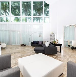 Incredible Townhouse In South Beach photos Exterior