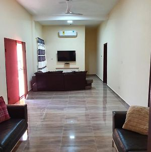 2 Master Bedrooms Un-Suite Apartment, Large Separate Living Room, 3 Bathrooms And 3 Toilets, Self-Contained, Air Conditioning, 24 Hours Security, Electric Fenced Wall, 20 Minutes From Airport, Restaurant, Bar, Garden, Detached Property, Large Compoun photos Exterior