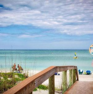 Pass A Grille Beach Views 709-13 By Tech Travel photos Exterior