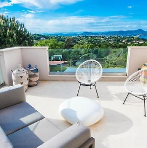 Large And Relaxing Home In The Heart Of St. Tropez photos Exterior