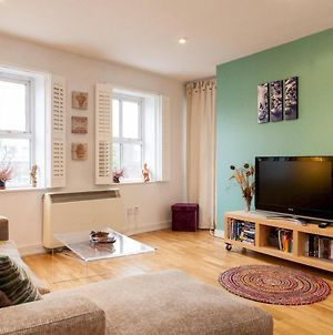Spacious Bright Chic 1 Bedroom In Zone 1 - Angel photos Exterior