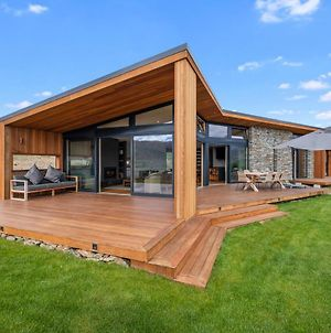 Vino And Views - Bannockburn Holiday Home photos Exterior