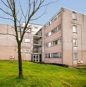 Superb Apartment In Glasgow Near Langlands Golf Club photos Exterior
