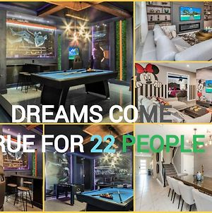 Batman Amazing Themed Games Room Kids Play Area Sleep 22 With Free Water Park Access photos Exterior