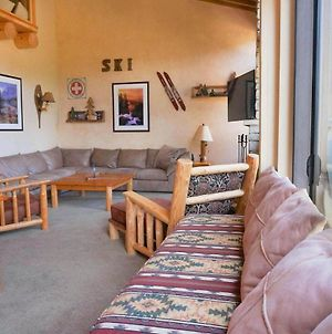 Beautiful 2 Bedroom With 2 Lofts Slopeside! photos Exterior