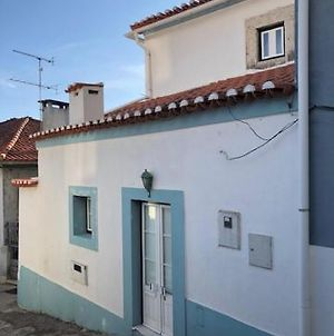 Typical Small House Near Lisbon photos Exterior