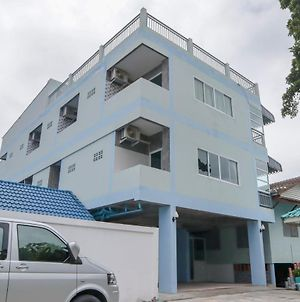 Oyo 958 The Airport Residence photos Exterior