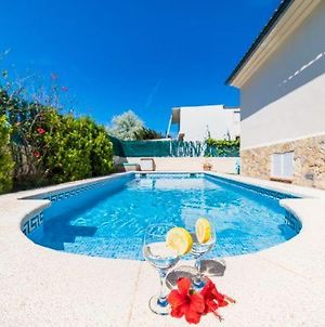 Villa In Port D'Alcudia Sleeps 6 With Pool Air Con And Wifi photos Exterior