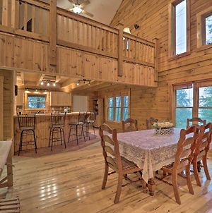 Airy Secluded Cabin Near Grandfather Mountain photos Exterior