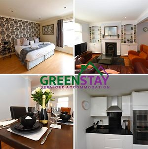 Greenstay Serviced Accommodation, Chester, 3 Bedroom House, Honeysuckle House- City Centre Location With Netflix & Wi-Fi photos Exterior