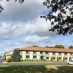 Quality Inn Near Toms River Corporate Park photos Exterior