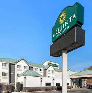 La Quinta Inn & Suites By Wyndham Logan photos Exterior