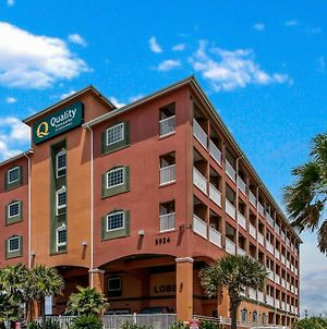Quality Inn & Suites Beachfront photos Exterior